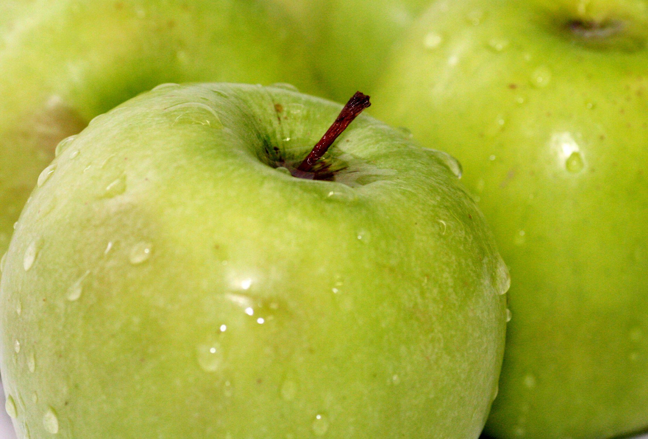 Bild mit Früchte, Lebensmittel, Essen, Frucht, grüner Apfel, grüne Äpfel, Obst, Küchenbild, Küchenbild, Apfel, Apfel, KITCHEN