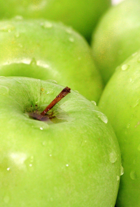 Bild mit Früchte, Lebensmittel, Essen, Blumen, Frucht, grüner Apfel, grüne Äpfel, Küchenbild, Apfel, Apfel, KITCHEN, Küche