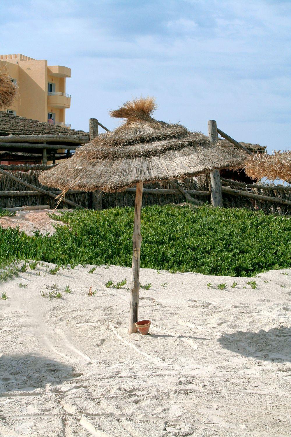 Bild mit Küsten und Ufer, Meere, Strände, Urlaub, Palmen, schirm