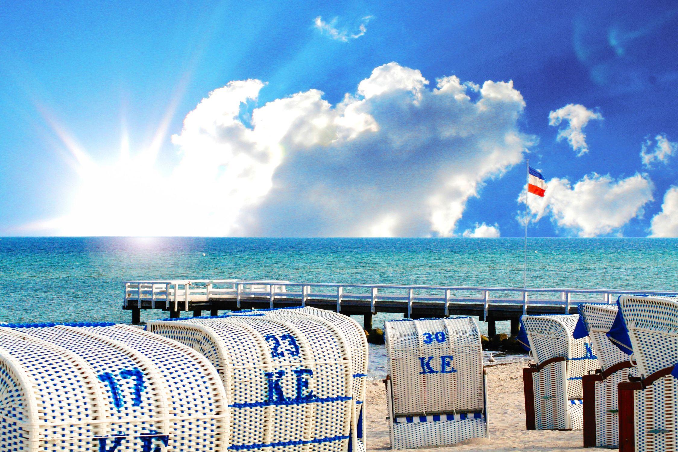 Bild mit Natur, Wasser, Landschaften, Himmel, Jahreszeiten, Wolken, Gewässer, Meere, Horizont, Aktivitäten, Urlaub, Sommer