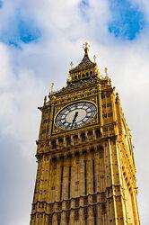 Bild mit Architektur, Gebäude, Wahrzeichen, Big Ben, England, London, Uhr, Turmuhr, Sehenswürdigkeit, Reisen, Reisefotografie, turm, Europa, großbritannien, Tourismus, Weltstadt, Westminster, historisches Gebäude, UK
