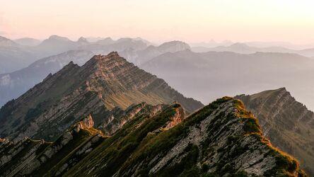 Bild mit Berge, Sonnenuntergang, Berggipfel, Traum