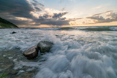 Bild mit Natur, Meere, Wellen, Sonnenuntergang, Sonnenaufgang, Strand, Ostsee, Landschaft, Ocean, sturm