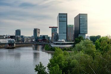 Bild mit Wasser, Sonnenuntergang, Architektur, Sonnenaufgang, Häfen, Stadt, City, Düsseldorf, Medienhafen, NRW
