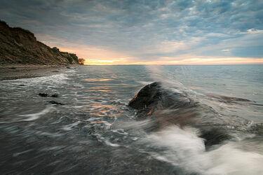 Bild mit Natur, Wellen, Stein, Sonnenuntergang, Sonnenaufgang, Wellenbrecher, Strand, Ostsee, Meer, Küste