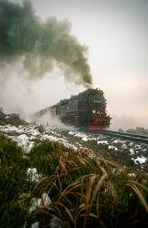 Bild mit Winter, Schnee, Nebel, Harz, Bahn, Dampf, Zug, Brocken, dampflok, Lokomotive