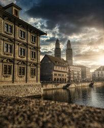 Bild mit Sonnenaufgang, Sonne, Altstadt, Schweiz, Zürich