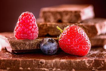 Bild mit Lebensmittel,Essen,Beeren,Himbeere,Food,Küchenbilder,KITCHEN,wandtapete,Küche,Küchen,Schokolade