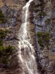 Bild mit Wasser, Berge, Wasserfälle, Wasserfall, berg, Gebirge