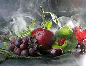 Bild mit Früchte, Herbst, Beeren, Nebel, Wald, Frucht, Obst, Küchenbild, Nahrung, Weintrauben, Apfel, Apfel, Stilleben, Küchenbilder, Küche, kastanien, kastanie
