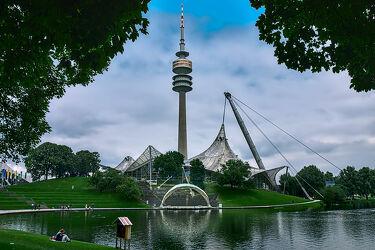 Bild mit Stadt, Park, Stadtansichten, Sehenswürdigkeiten, Funkturm, münchen, Bayern, Freistaat Bayern, olympiapark, Olympiaturm