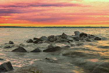 Bild mit Brandung, Sonnenuntergang, Sonnenaufgang, Meerblick, Ostsee, Lübecker Bucht, Timmendorf, Timmendorfer Strand, Niendorf