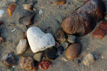 Bild mit Natur, Landschaften, Stein, Strand, Ostsee, Meer, Steine, Steinstrand