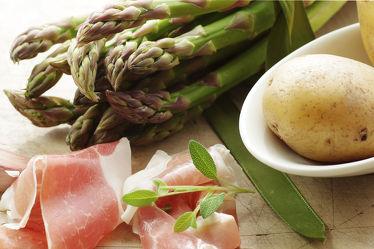 Bild mit Lebensmittel,Essen,Küchenbild,Food,Food Lifestyle,Küchenbilder,KITCHEN,Küche,Esszimmer,kochen,schinken,spargel