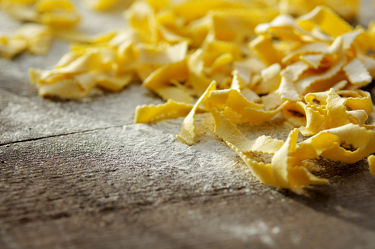 Bild mit Lebensmittel,Nudeln,Nudel,Pasta,Küchenbild,Food,Küchenbilder,KITCHEN,Küche,Küchen,Spaghetti,Kochbild,kochen,italienisch,mehl,Gericht