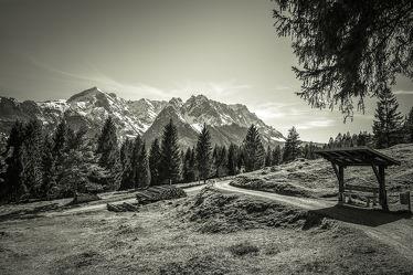 Bild mit Natur,Berge und Hügel,Berge,Urlaub,Sonne,Alpen,Alpenland,Natur und Landschaft,berg,Gebirge,schwarz weiß,SW
