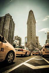 NYC: Yellow cabs at the flat iron building - V1
