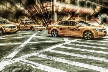 NYC: Yellow Cab on 5th Street - future mix