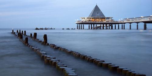 Bild mit Wasser, Gewässer, Meere, Wellen, Urlaub, Brücken, Ostsee, Meer, Seebrücke, See, Heringsdorf