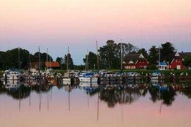 Bild mit Gewässer, Segelboote, Häfen, Häfen, Ostsee, boot, Meer, Hafenstadt, Hafenanlage, Boote, prerow