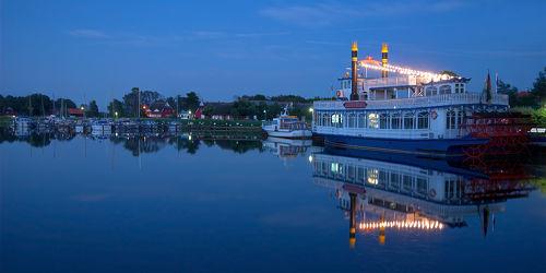 Bild mit Gewässer, Segelboote, Häfen, Häfen, Ostsee, boot, Meer, Hafenstadt, Hafenanlage, Boote, Nachtaufnahmen, Nacht, Abend, Nachtaufnahme, prerow