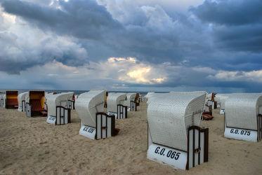 Bild mit Gewässer, Strände, Sand, Urlaub, Strand, Meerblick, Strandkörbe, Ostsee, Meer, Strandkorb