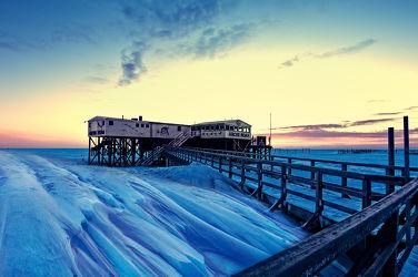 Bild mit Landschaften,Winter,Schnee,Eis,Gewässer,Strand,Sandstrand,Meer,Steg,Am Meer,Frost