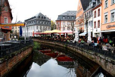 Bild mit Flüsse, Architektur, Gebäude, Städte, Häuser, Haus, Stadt, Altstadt, Reisefotografie, Fachwerkhäuser, Fluss