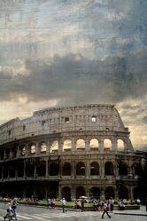 Menschen am Colosseum