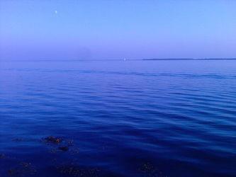 Bild mit Wasser,Gewässer,Blau,Ostsee,Hintergrund,Blaues Wasser,Wasserblick,Ostseebilder,Hintergründe,Fotografien