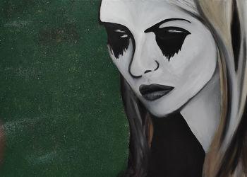 Bild mit Augen, Grün, Augenbrauen, Haare, Auge, Menschenauge, Trauer, Frau, Emotionen, Frauen, Glitzern, Langhaar, hübsche Frau, Gefärbte Haare, Ehefrau, Mädchen
