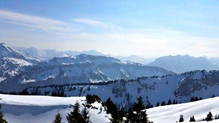 Bild mit Natur, Landschaften, Berge, Bäume, Winter, Schnee, Wälder, Alpen, Wald, Baum, Landschaft, Weihnachten, winterlandschaft, Winterlandschaften, Winterbilder, berg, Kälte, Frost, Gebirge, Winterbild, winterwunder