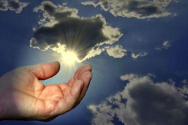Bild mit Himmel, Sonne, Hand, Licht, Extras, Beten, Leer, Offen, Empfangen, Hilferuf, Bittend, Glauben