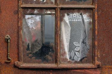 Dekoriertes antikes  Fenster