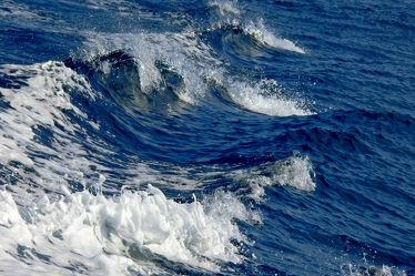 Bild mit Wasser,Gewässer,Meere,Wellen,Meer,ozean,Welle,Gischt,Ozeane