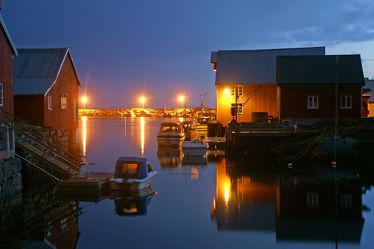 Bild mit Wasser, Gewässer, Hütten, Häfen, boot, Boote, Am Wasser, Hütte, Holzboot