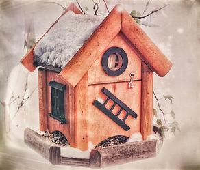 Bild mit Winter, Schnee, Weihnachten, Stillleben, vogelhäuschen, vogelhaus