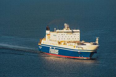 Bild mit Wasser, Transport, Ostsee, Schiff, Meer, See, Container, Schleswig, Holstein, Fähre