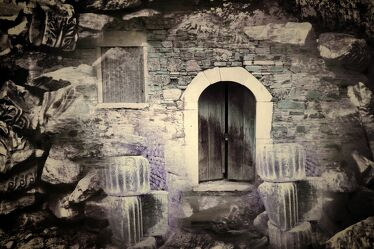 Bild mit Felsen, Stein, tür, Fragmente, Fragmente