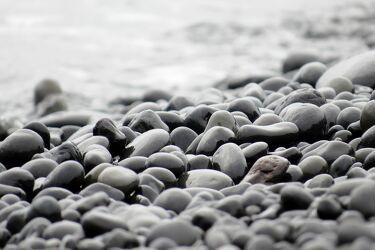 Bild mit Wasser, Kies, Strand, Kieselsteine
