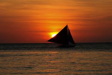 Bild mit Sonnenuntergang, Schiffe, Sonne