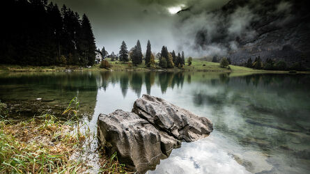 Bild mit Seeblick, Bergsee, Bergwelten, Landschaften im Herbst, Idylle