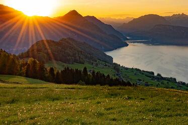 Bild mit Landschaften, Sonnenuntergang, Sonnenaufgang, Landschaft, landscape, Sonnenauf/untergang, Sonnenstrahlen