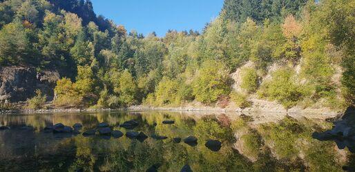 Bild mit Wasser, Himmel, Bäume, Gewässer, Sonne, Wald, Waldlichtung, Märchenwald, Wald Bild, Himmel Panorama, Gewässer im Wald