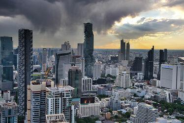 Bild mit Horizont, Sonnenuntergang, Städte, Hauptstadt, wolkenkratzer, asien, südostasien, metropole, Thailand, Bangkok