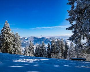 Winterlandschaft mit Aussicht