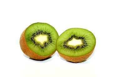 Bild mit Früchte,Lebensmittel,Essen,Frucht,Fruit,Fruits,Kiwi,Kiwies,Kiwifrucht