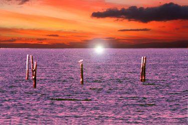 Bild mit Natur,Elemente,Wasser,Landschaften,Himmel,Wolken,Gewässer,Küsten und Ufer,Meere,Horizont,Brandung,Wellen,Sonnenuntergang,Aktivitäten,Urlaub,Sonnenaufgang